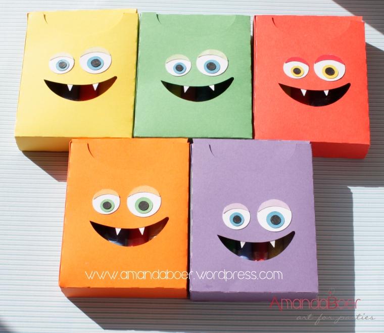 Caixa para massinha em várias cores
